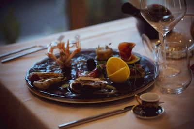 hotel il poeta ristorante romantico cena a lume di candela provincia di pisa menu per celiaci