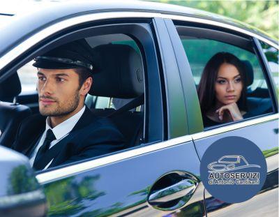 offerta servizio autonoleggio con conducente promozione taxi privato per privati e aziende