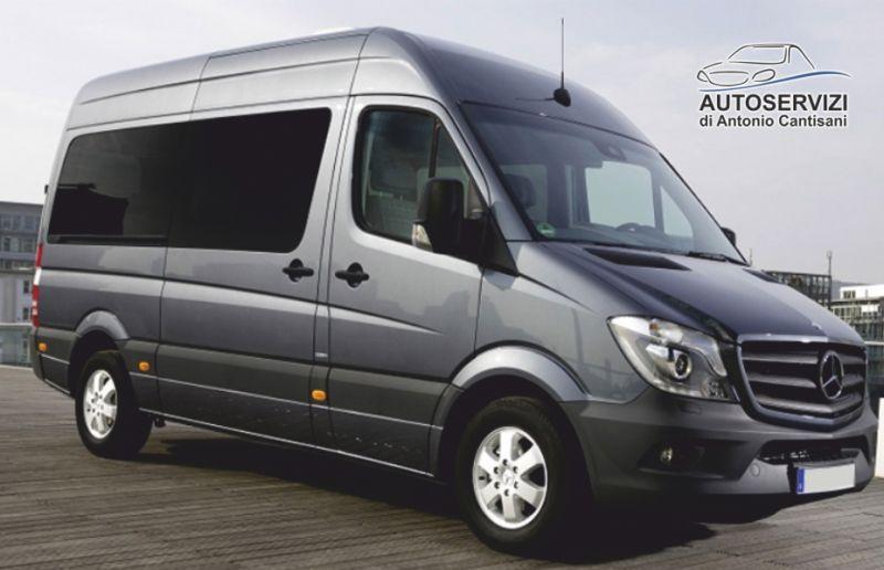 AUTOSERVIZI DI ANTONIO CANTISANI offerta minibus con conducente -promozione minivan con autista