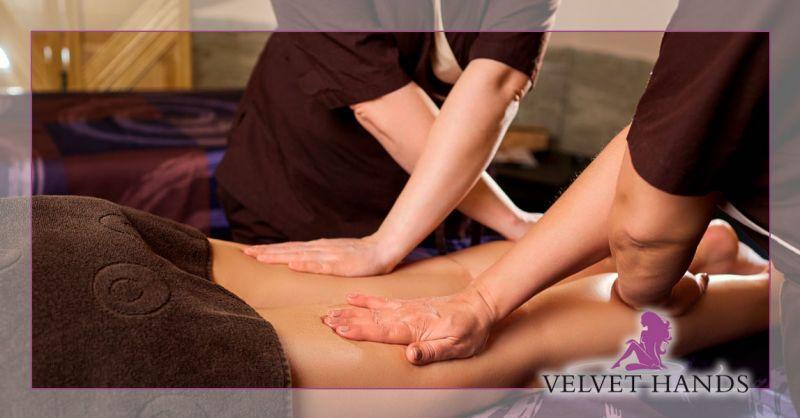velvet hands – offerta massaggio a 4 mani con sauna – promozione massaggio con sauna e doccia emozionale