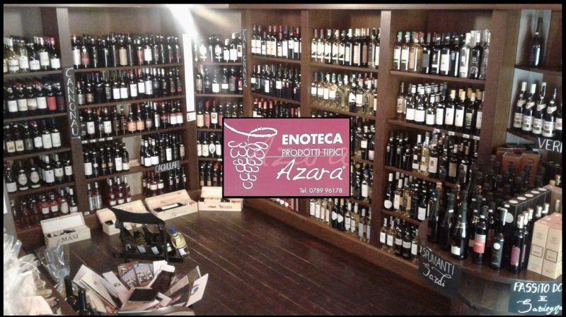 AZARA Angebot und Verkauf von typischen Produkten Sardinien Italien Speisen und Wein