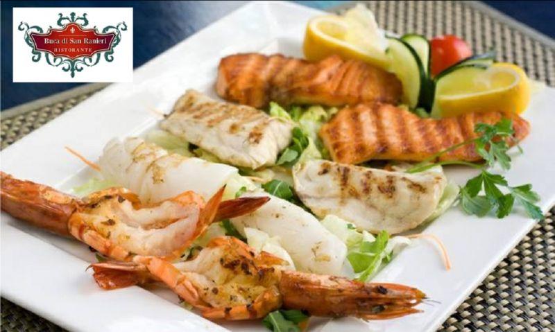 Offerta ristorante menu di pesce