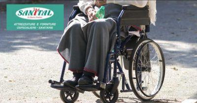 occasione noleggio carrozzine disabili aprilia offerta vendita sedie a rotelle nettuno