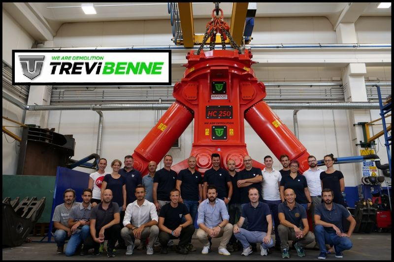 TREVI BENNE PRODUCES EQUIPMENT FOR DEMOLITION  RECYCLING FORESTRY EARTHMOVING MACHINES