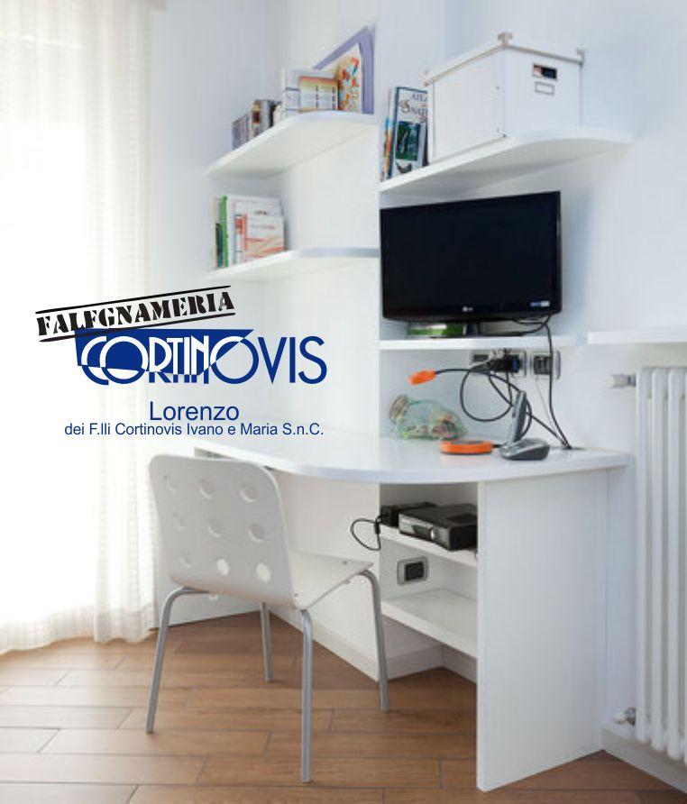 FALEGNAMERIA CORTINOVIS LORENZO offerta scrivania su misura - promozione mobili studio