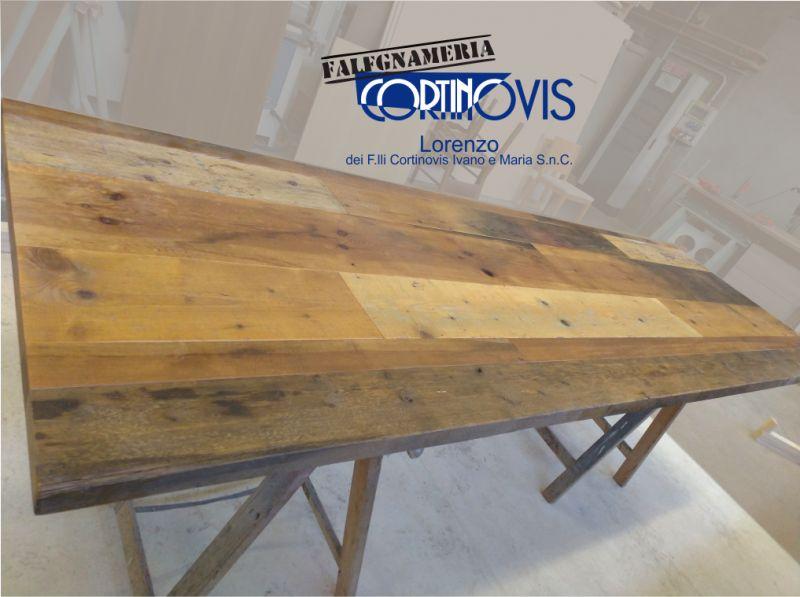 FALEGNAMERIA CORTINOVIS LORENZO tavoli realizzati con legno recuperato - tavoli legno antico