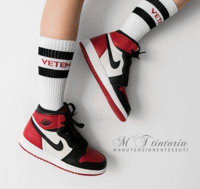 mt tintoria offerta lavaggio professionale sneakers promozione lavaggio scarpe da ginnastica