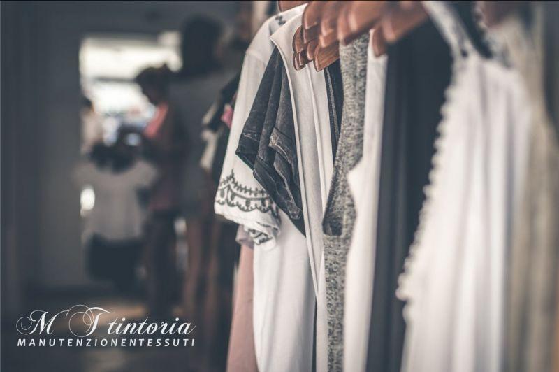 MT TINTORIA offerta lavaggio biancheria a peso - promo lavaggio guardaroba