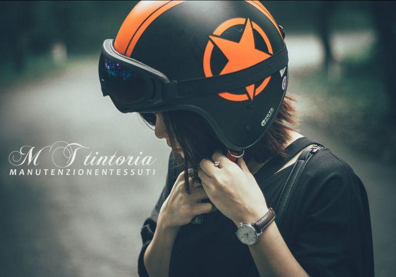 MT TINTORIA offerta lavaggio casco moto interno professi- promozione lavare casco motociclista