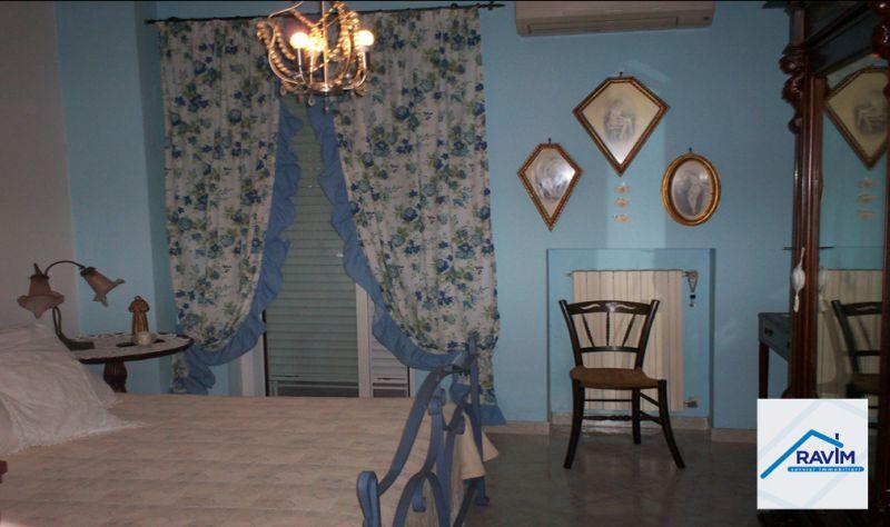 Offerta vendita villino Bari victor park Agenzia immobiliare ampio giardino torre a mare