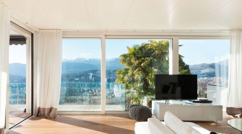 Spazi senza limiti, sguardi infiniti con le vetrate panoramiche di Due Emme!!