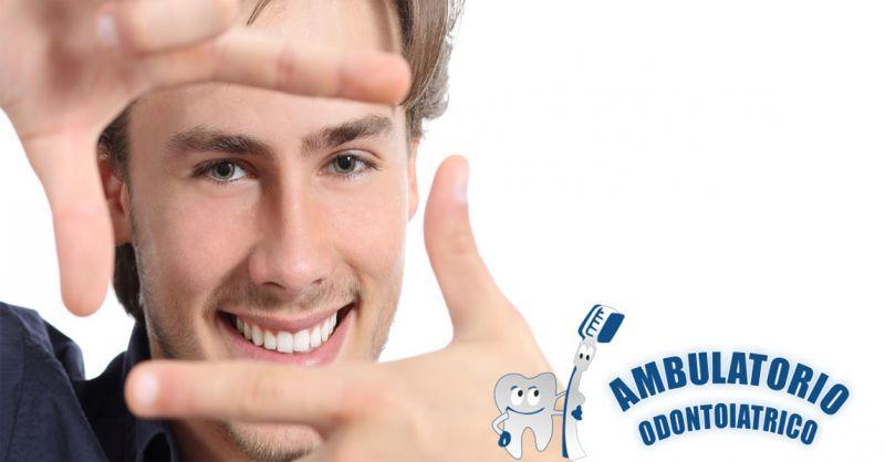occasione sbiancamento dentale professionale - offerta rimozione tartaro macchie denti Roma