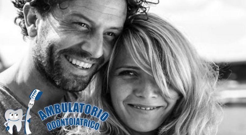offerta Impianti dentali protesi fisse e mobili - occasione  trattamento di sbiancamento denti