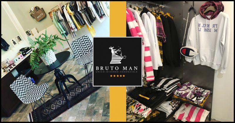 0f2ef2704e63 BRUTO ABBIGLIAMENTO Offerta vendita online abbigliamento sportivo Champion  donna e uomo