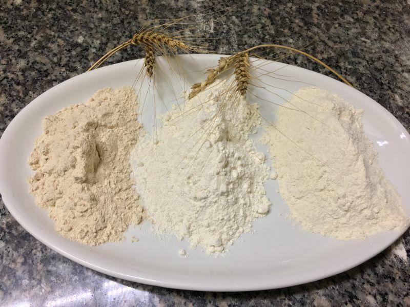 PIZZI MICHELE AZIENDA AGRICOLA - Pizza con Farina di Grani antichi