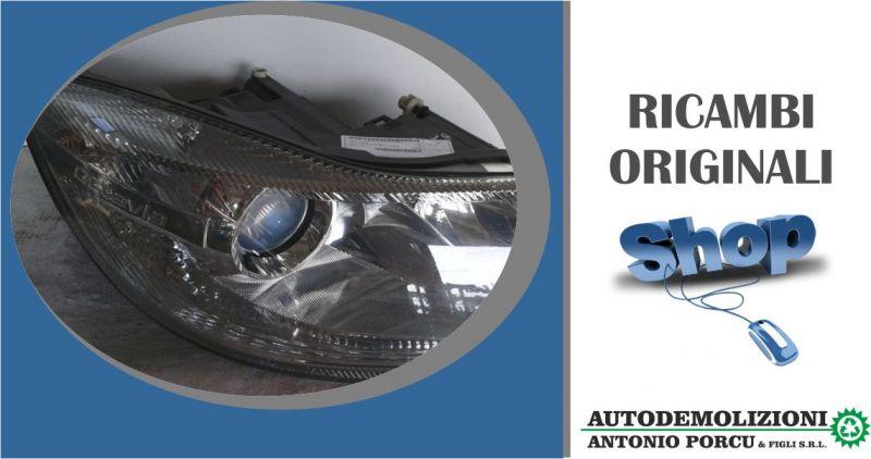 AUTODEMOLIZIONI  PORCU - offerta faro anteriore destro usato originale SKODA OCTAVIA serie2008