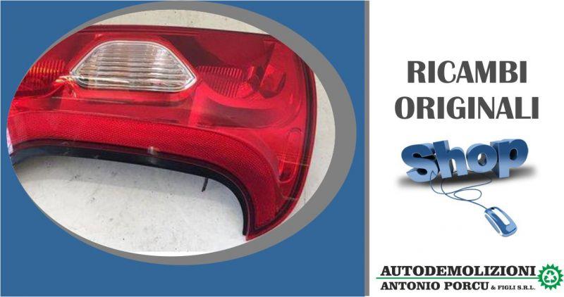 AUTODEMOLIZIONI PORCU - offerta fanale faro posteriore sinistro usato originale Fiat Panda 2011