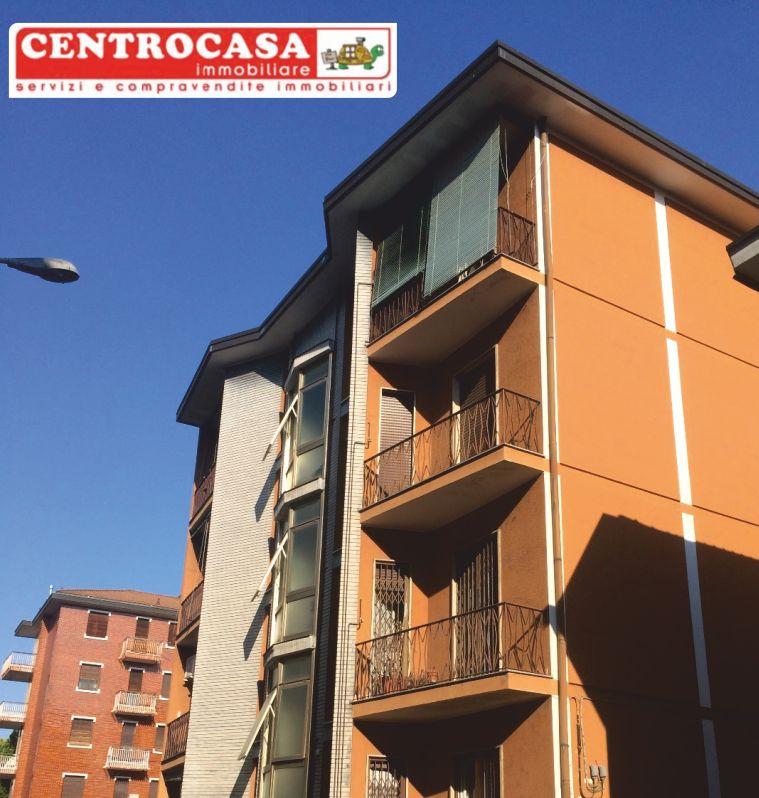 CENTROCASA immobiliare 3 locale vendo casa a magenta - trilocale primo piano magenta centro