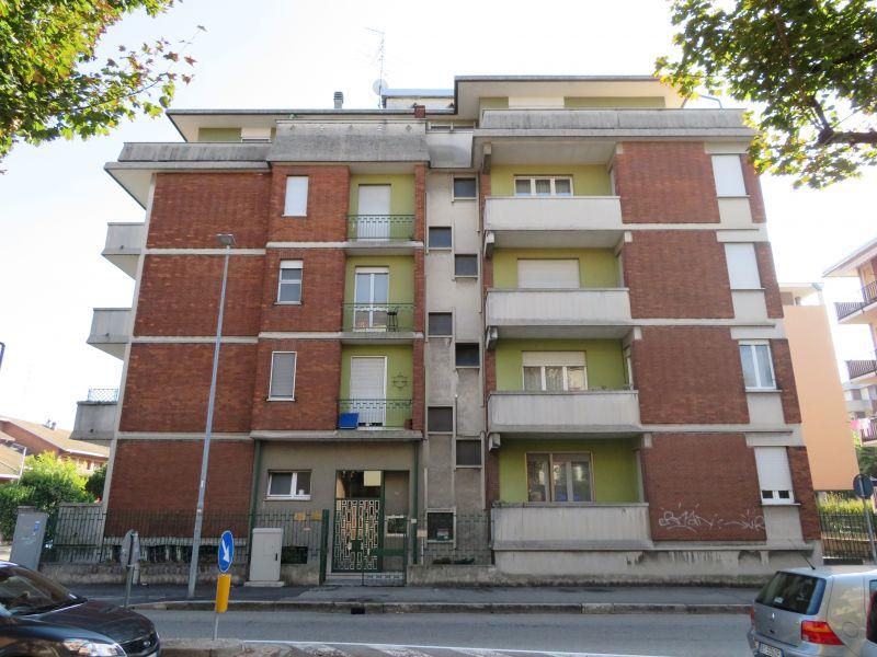 occasione 2 locali con servizi in vendita Novara - CENTROCASA IMMOBILIARE