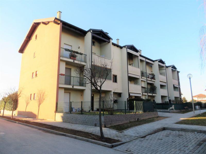 offerta 3 locali con doppi servixi box giardino in vendita Novara -CENTROCASA IMMOBILIARE