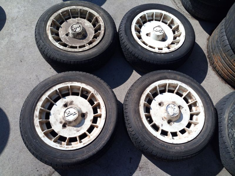 Promozione In vendita 4 dischi ruota ( cerchi o cerchioni ) Renault Alpine 13 Pollici
