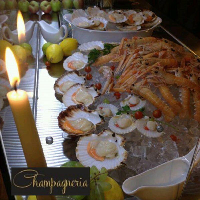 CHAMPAGNERIA & VINERIA offerta  cena a base di pesce crudo trieste