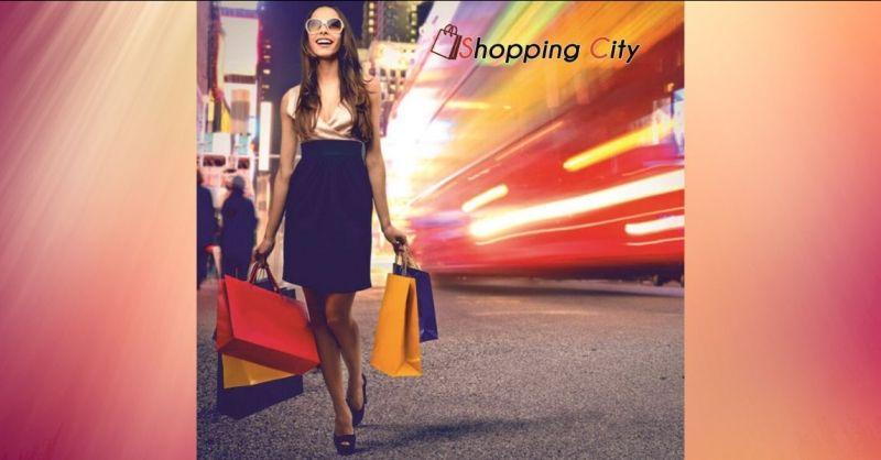 offerta negozio abbigliamento e accessori Novara - SHOPPING CITY