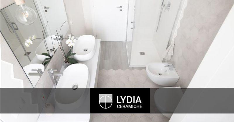 Offerta mobili da bagno su misura artigianali Acilia - Occasione box doccia con idromassaggio