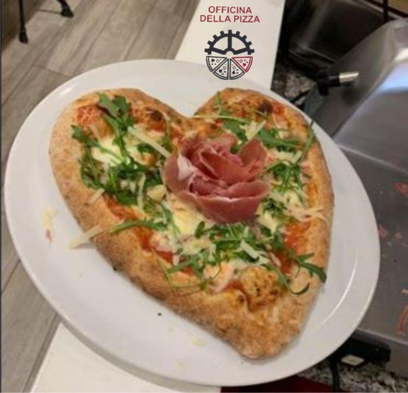 OFFICINA DELLA PIZZA offerta pizzeria in centro Trieste - occasione pizzeria da asporto Trieste