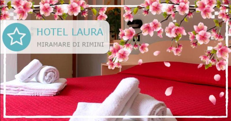 Offerte Pasqua hotel pensione completa e mezza pensione - occasione weekend Pasqua 2020 Rimini