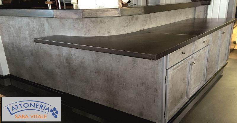 offerta progettazione e arredamento con coperture in metallo per negozi Lucca