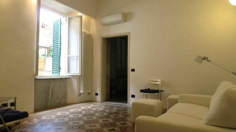 Pietrasanta Centro Storico - offerta appartamento con terrazza