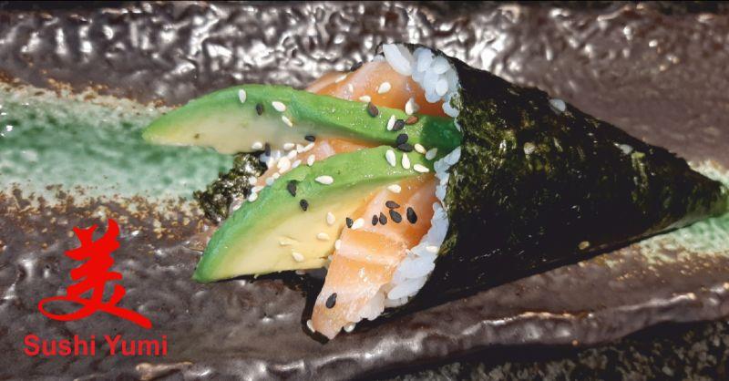 sushi yumi offerta sushi - occasione piatti giapponesi perugia