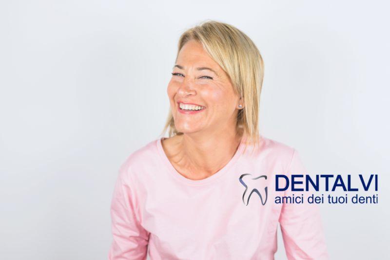STUDIO DENTISTICO DENTALVI offerta riparazioni protesi dentali in giornata-riparazione dentiera