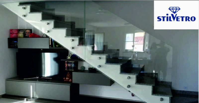 Vetreria stilvetro offerta parapetti in vetro - occasione scalini in vetro Sansepolcro