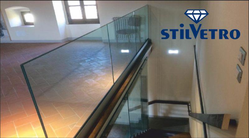 vetreria stilvetro offerta ringhiera in vetro - occasione scale interne in vetro perugia