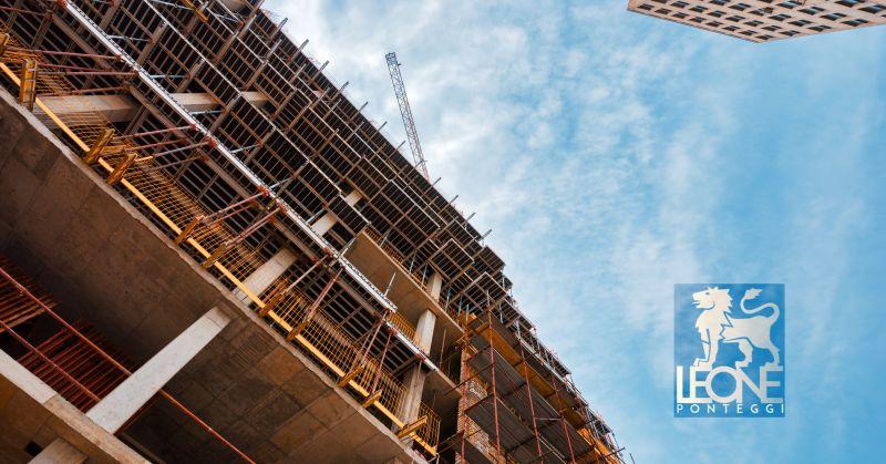 offerta noleggio ponti edili napoli - occasione affitto ponteggi edilizia a Napoli
