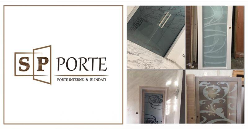 offerta porte artigianali in vetro Caserta - occasione vendita porte con vetro decorato Caserta