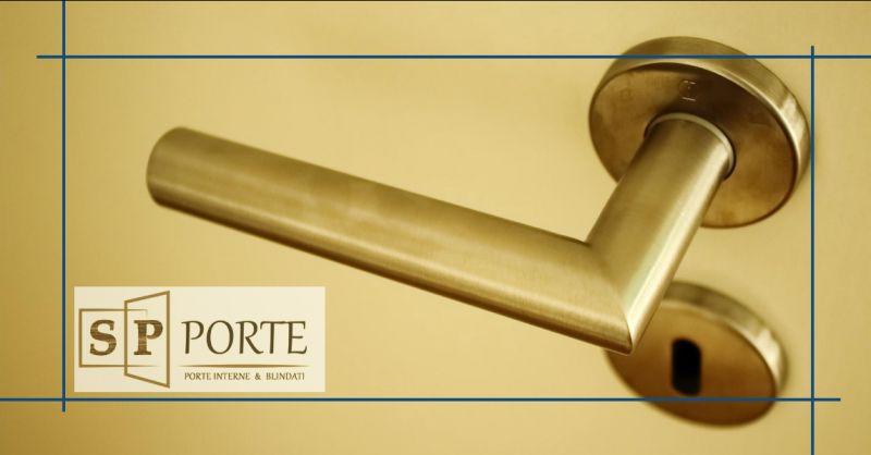 SP PORTE - offerta realizzazione artigianale di porte per interni in legno caserta