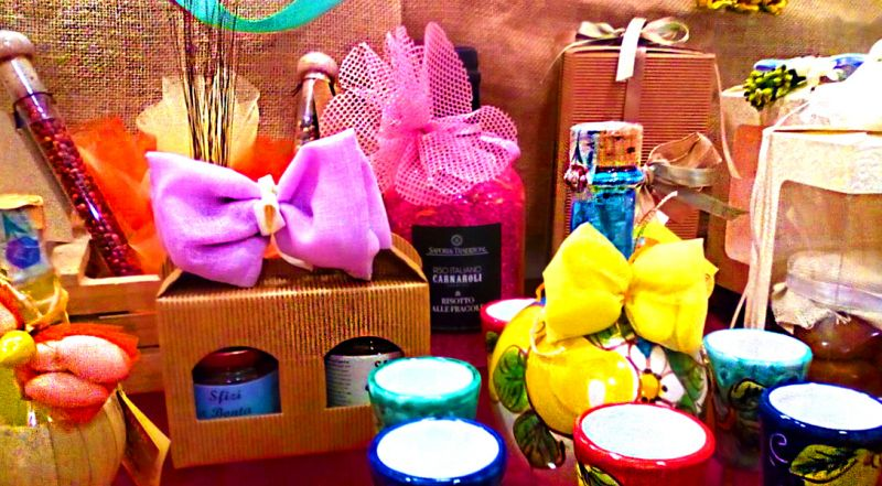 offerta prodotti tipici da regalare Napoli - occasione bomboniere enogastronomiche napoli