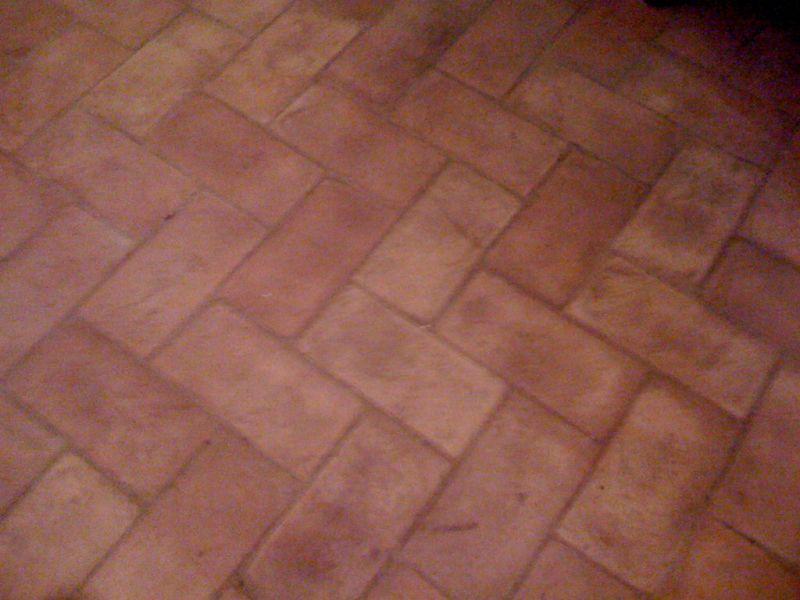 ICLEAN offerta trattamento pavimenti in cotto interni ed esterni Bastia