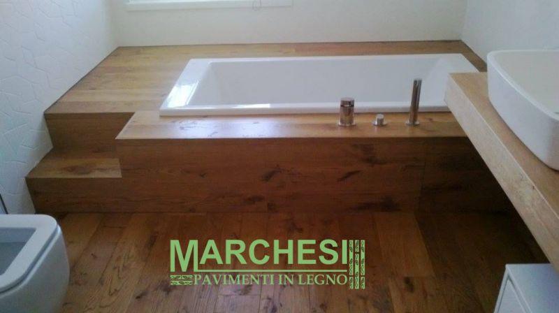 MARCHESI PAVIMENTI IN LEGNO vasca incassata rovere - cp parquet certificato stanza da bagno