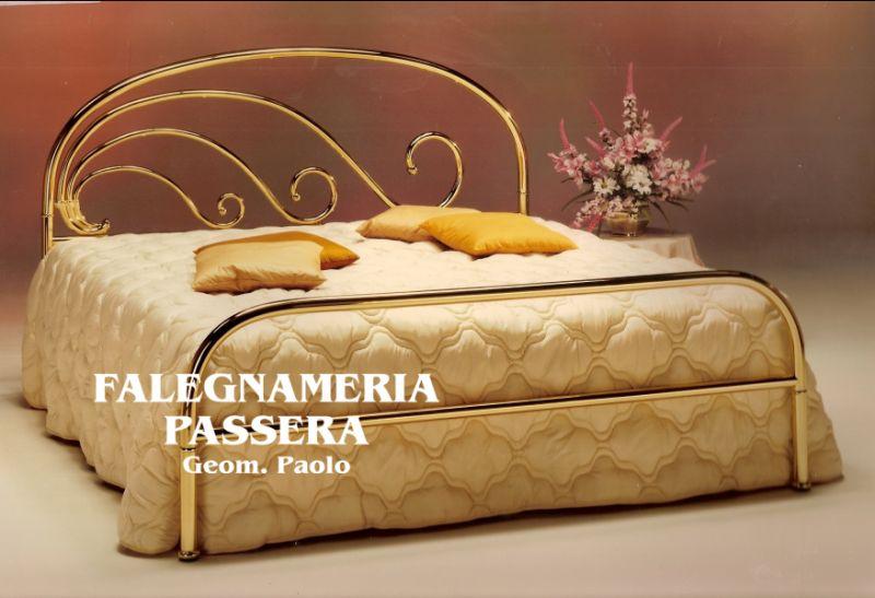 FALEGNAMERIA PASSERA offerta letti in ottone – promozione rivendita letti in ottone minimal