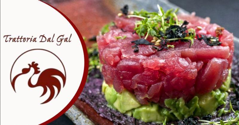 Offerta dove mangiare tartare di pesce a Verona - Occasione mangiare specialità pesce affumicato Verona