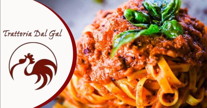 Offerta trattoria con pasta fatta in casa Verona - Occasione dove mangiare specialità primi piatti Verona