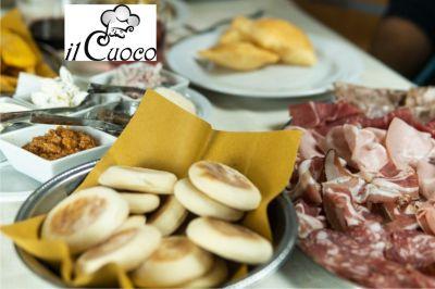 occasione cena tigelle e gnocco con affettati bologna offerta cena crescentine bologna
