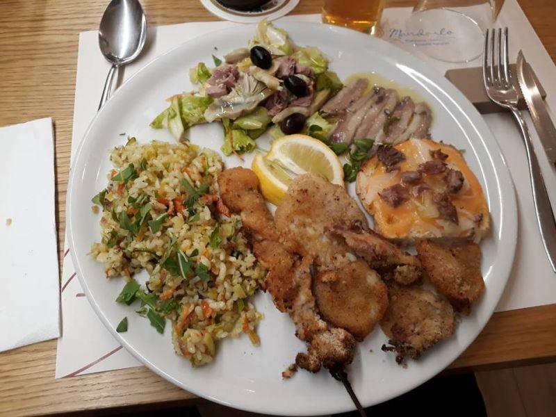 Un Mandorlo offerta menù biologico - promozione cibo km 0 Macerata