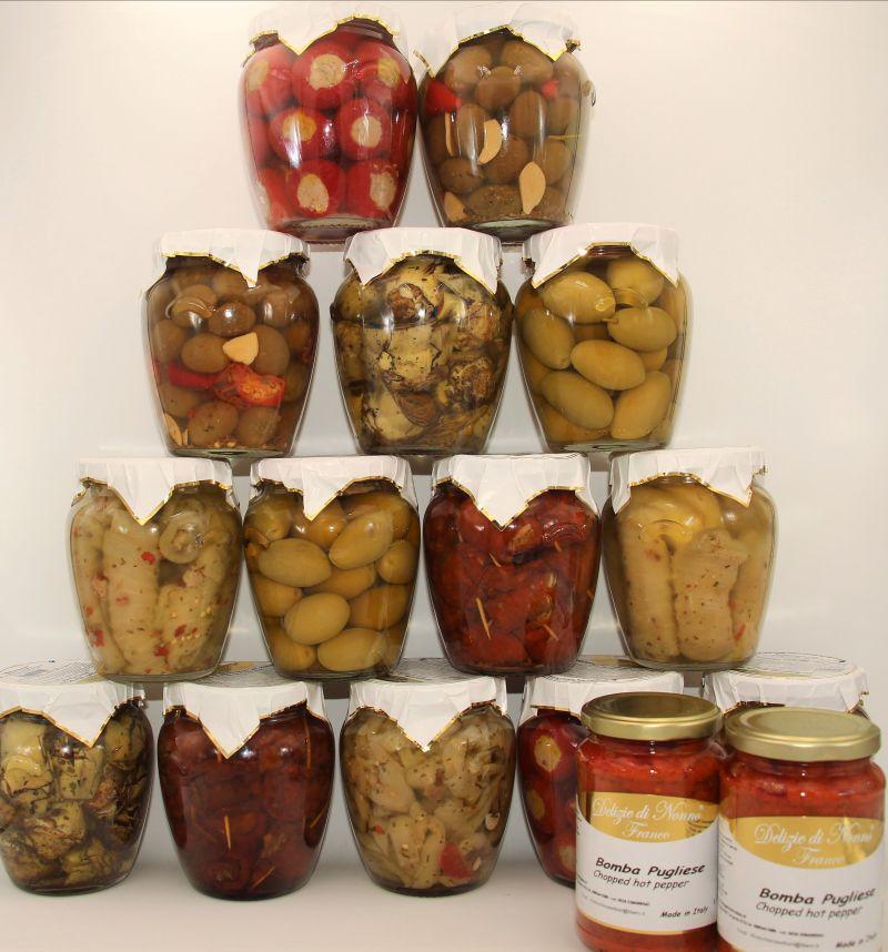 offerta sott'olio - offerta più omaggio - vasi misti specialità pugliesi -