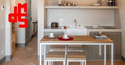 offerta vendita tavolo in olmo naturale occasione tavolo in legno di olmo personalizzabile