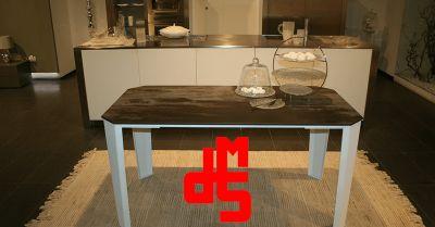 offerta vendita tavolo in stile industriale occasione tavolo in pietra ed acciaio
